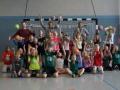 1 HandballAG Gruppenbild Bälle